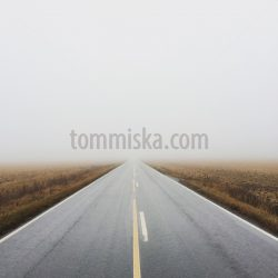 Misty autumn road - Arto Tommiska